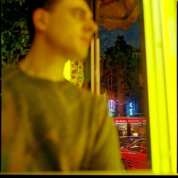 http://www.julianlass.com/files/gimgs/126_curry-house-brick-lane-yellow-webb.jpg